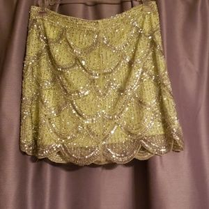 Arden B stretchy sequin skirt in a small